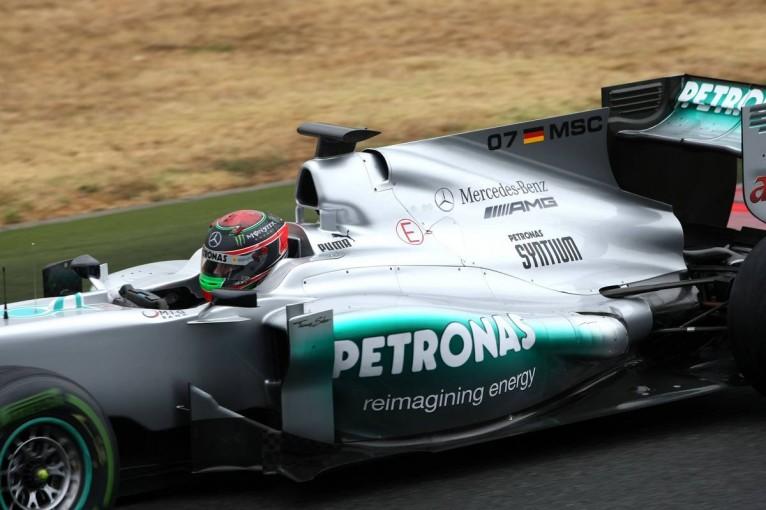 F1 | ロス・ブラウン、新F1マシンのシャークフィンに苛立ち。「ファンサービスの目的では却下されたのに…」