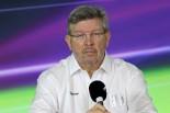 F1 | ロス・ブラウン、コース上でのバトル改善を保証。「解決策の模索に必ず取り組む」