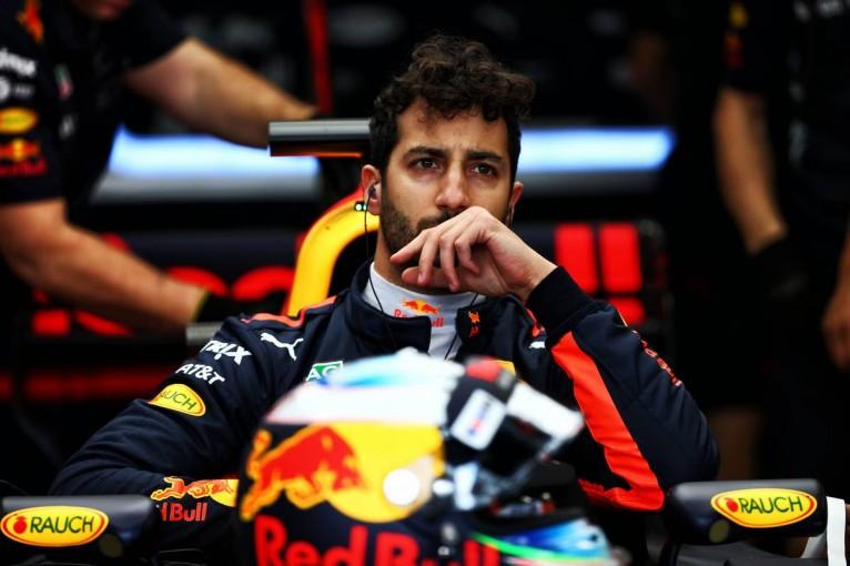 F1 | リカルドがギヤボックス交換で5グリッド降格/F1オーストラリアGPグリッド