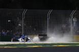 2017年第1戦オーストラリアGP マーカス・エリクソン(ザウバー)とケビン・マグヌッセン(ハース)が接触