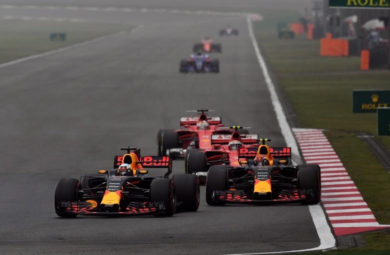 F1   2017年F1、技術規則変更でオーバーテイク回数は半減。最多ドライバーはリカルド