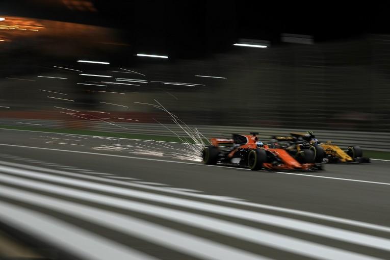 F1 | パーマー「アロンソとのバトルを楽しんだが、クビアトと接触して状況が悪化」ルノー F1バーレーンGP日曜