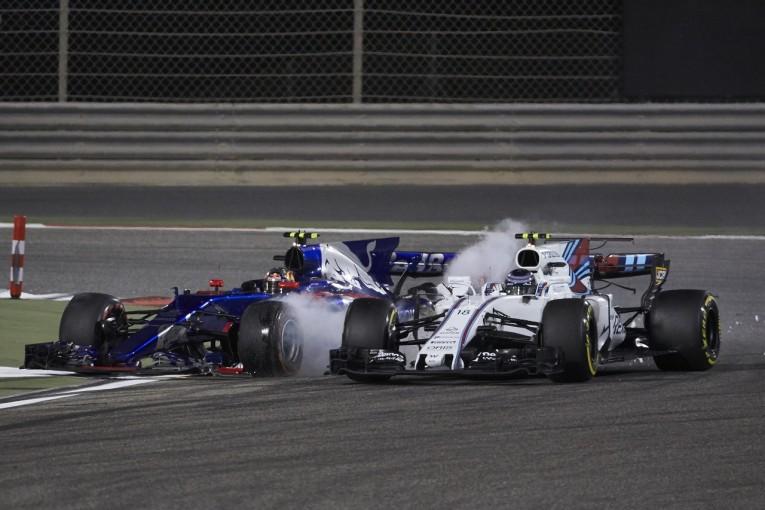 F1   ストロール「サインツが突っ込んできてリタイア。ありえない!」:ウイリアムズ F1バーレーンGP日曜