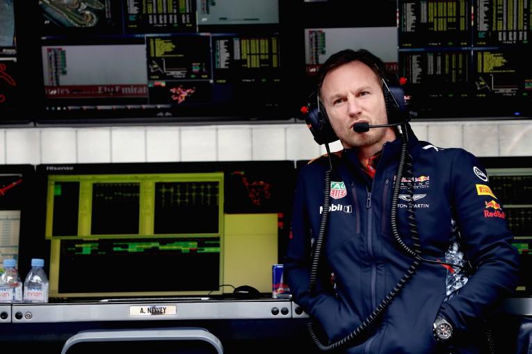F1   レッドブル代表、アロンソのインディ参戦を許可したマクラーレンは「どうかしている」と批判