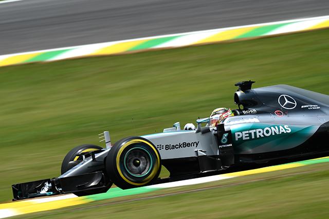 F1 | メルセデス1-2。ベッテル3番手もその差縮まらず