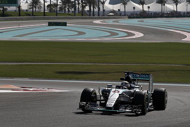 F1   メルセデス1-2発進。アロンソは最後にパワー失う