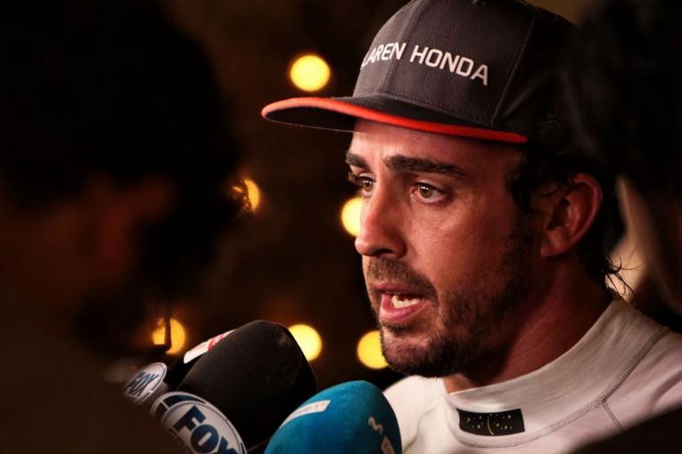 F1 | 【F1バーレーンGP無線レビュー】アロンソの悲痛な叫び「なんでも好きなようにやってくれ!」