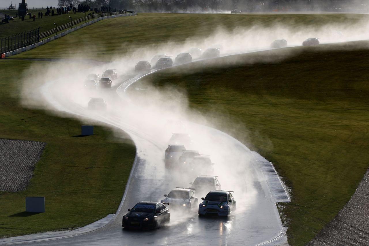 BTCC:第2戦ドニントン、レヴォーグPP剥奪の波乱。アベンシス今季2勝目