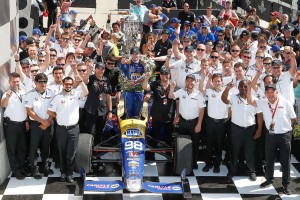 元F1ドライバーのアレクサンダー・ロッシは、2016年のインディ500でルーキーとして勝利をあげた