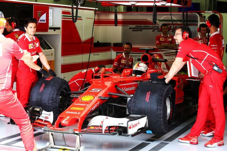 F1 | フェラーリF1、トラブルとガレージの停電でテスト走行時間を大量に失う