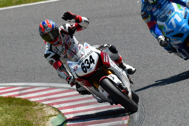MotoGP | 絶対王者が5周で離脱。 ホンダ高橋巧が3年ぶり優勝/全日本ロード第2戦鈴鹿決勝