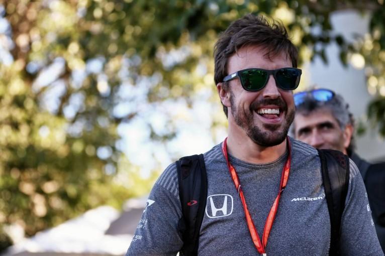 F1 | グランプリのうわさ話/2017年で契約が切れるアロンソに残された選択肢
