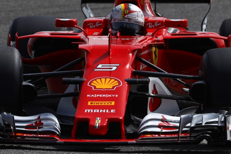 F1   マシン上のナンバー&ドライバー名表示をより明確に。ファンに分かりやすいF1目指し、新規則が導入