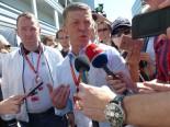 F1 | F1 Topic:2016年、メルセデスに粋な取り計らいをしてくれたロシアの副首相がF1の会長と対談