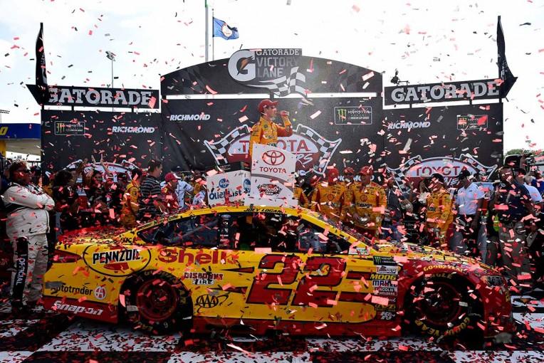 海外レース他 | NASCAR第9戦:38番手からの快進撃。フォードのジョーイ・ロガーノが今季初優勝