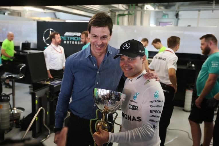 F1 | F1ロシアGPを制したボッタスのタイヤは「ひどく傷んだ状態だった」とウォルフ