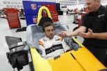 F1 | アロンソのインディカーテストが生中継。オーバル初走行に注目