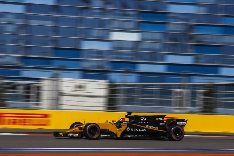F1 | ルノーF1、信頼性確保のためシーズン序盤のエンジンアップデートは延期に