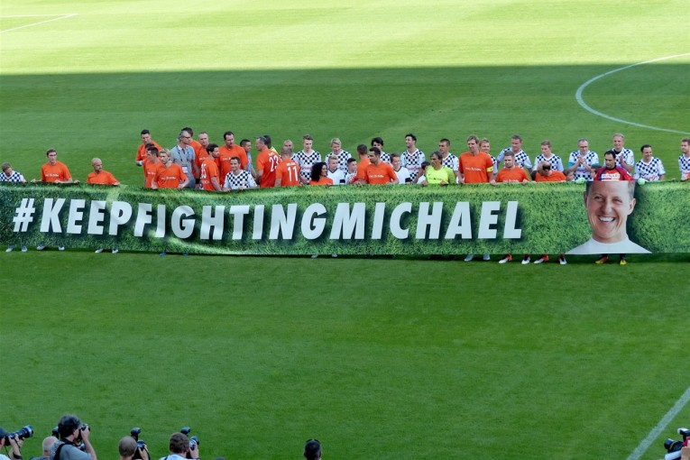 F1 | ミハエル・シューマッハーに敬意表するサッカーイベント、今年もドイツで開催。息子ミックも参加