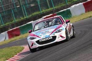 グローバルMX-5カップ第2戦を制した山野哲也(CABANA Racing)