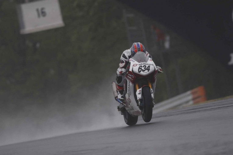 MotoGP | 王者中須賀が2戦連続リタイア。ホンダ高橋巧が2連勝/全日本ロード第3戦SUGO決勝