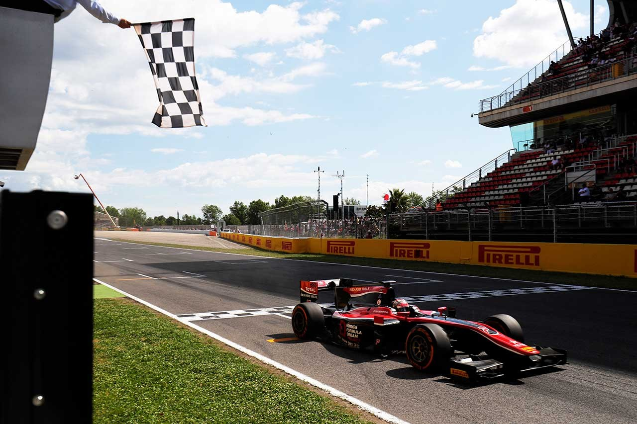 FIA F2 スペイン決勝2 松下信治