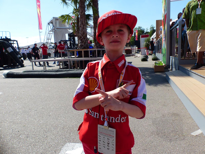 F1 Topic:泣く子を笑顔にしたライコネンの魔力、フェラーリのモーターホームに招いた舞台裏
