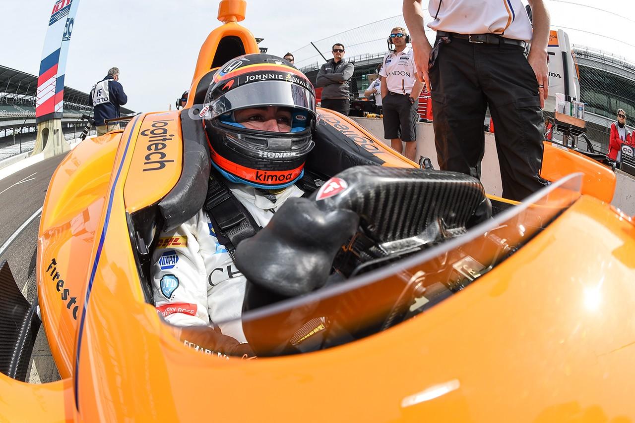 アロンソ「F1での精巧なシステムや技術がインディ500制覇を近づける」
