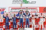 GT300クラス 表彰台