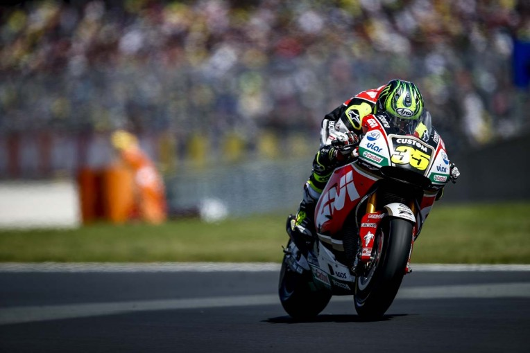 MotoGP   MotoGP:ペドロサと接触したクラッチロー。ペドロサの軽い体重が転倒回避の要因