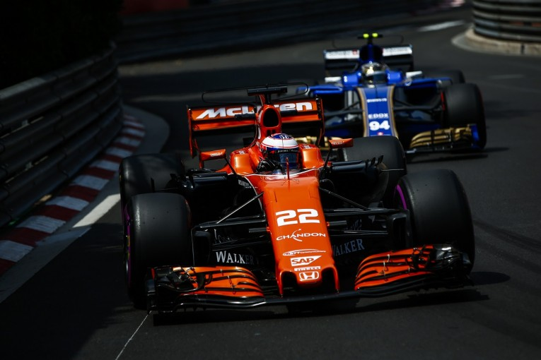 F1   ペナルティのバトンはピットレーンスタート/F1モナコGP決勝正式グリッド