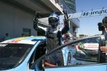 メインレースを制したニッキー・キャッツバーグ(ボルボS60ポールスターTC1)