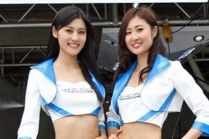 スーパーフォーミュラ | KCMGエンジェルス 日吉晶羅、嶋田美彩