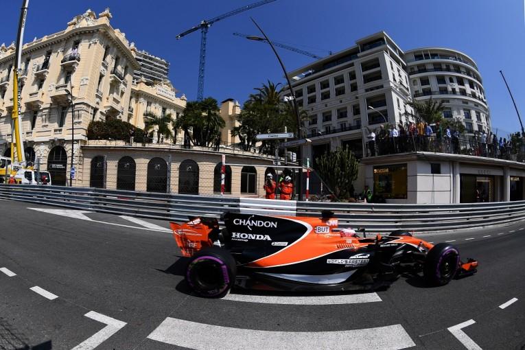 F1   バトン「チームに謝りたい。でもただ最後尾を走るだけなのは辛かった」マクラーレン・ホンダF1モナコ日曜