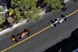 2017年F1第6戦モナコGP 3位を争ったダニエル・リカルド(レッドブル)とバルテリ・ボッタス(メルセデス)