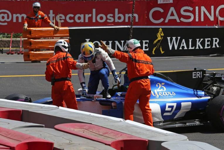 F1 | エリクソン「マシンをうまく減速することができず、スライドしてバリアに突っ込んだ」:ザウバー F1モナコ日曜