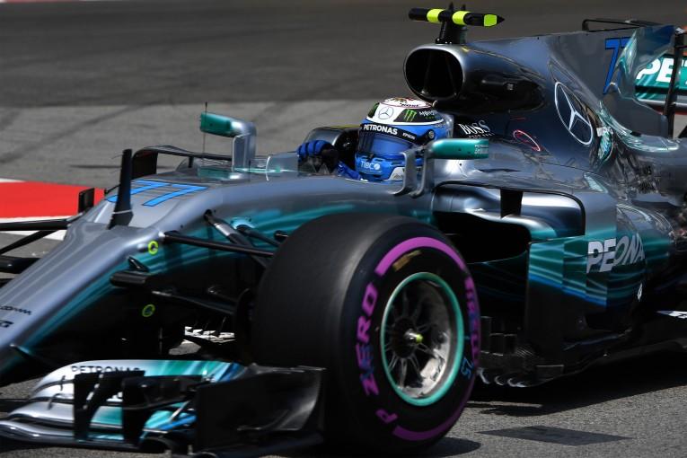 F1   メルセデスF1は、今後も苦戦を強いられるのか。鍵は「タイヤの使い方」にあり