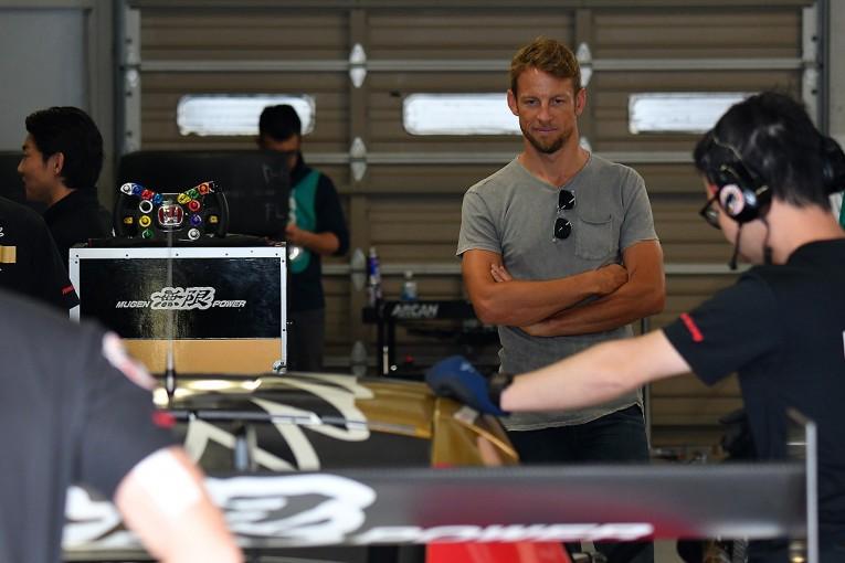 スーパーGT   スーパーGT公式テスト鈴鹿は42台参加。ジェンソン・バトン、小林可夢偉も参加
