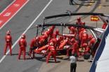 2017年F1第7戦カナダGP セバスチャン・ベッテル(フェラーリ)、ウイングにダメージを受けてピットストップ