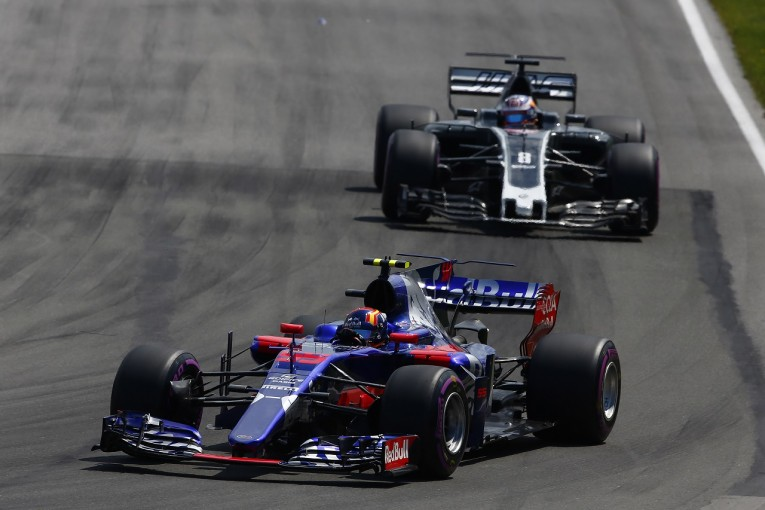 F1   グロージャン「サインツの動きは危険。もっとひどい事故になってもおかしくなかった」ハースF1 カナダ日曜