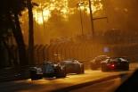 レースをリードする1号車ポルシェ919ハイブリッド