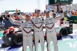 優勝した2号車ポルシェのティモ・ベルンハルト/アール・バンバー/ブレンドン・ハートレー