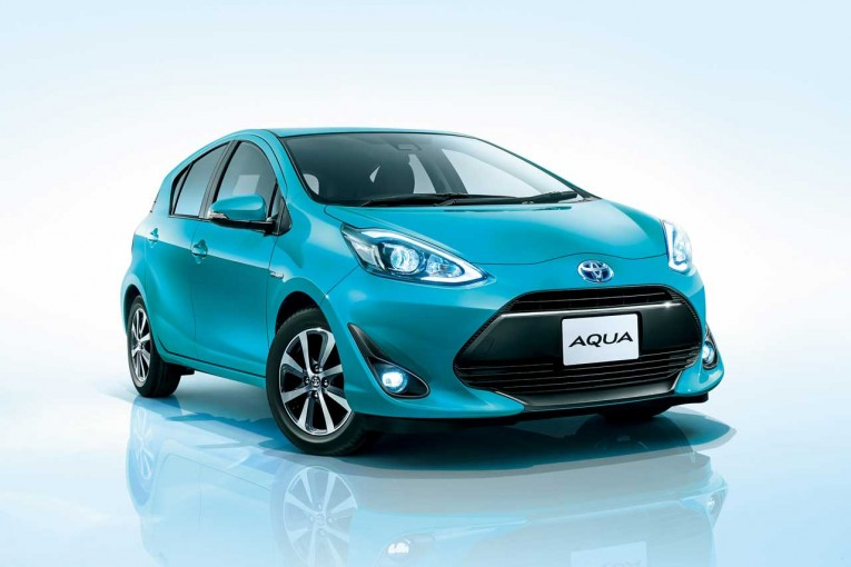 クルマ | トヨタ・アクアがマイナーチェンジ。SUVらしさを進化させた『Crossover』も新登場