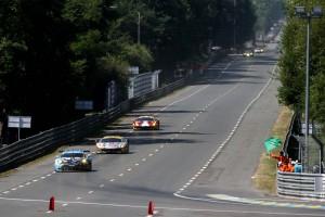 ユノディエールを走るデンプシー-プロトン・レーシングの77号車ポルシェ911 RSR