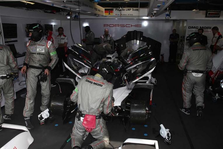 第85回ル・マン24時間ではポルシェとトヨタのLMP1マシンにトラブルが相次いだ