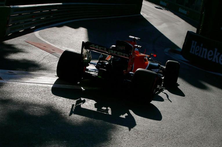 F1 | F1アゼルバイジャンGP FP2:フェルスタッペンが初日最速、アロンソにギヤボックストラブル