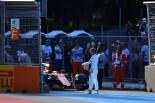 2017年第8戦アゼルバイジャンGP金曜 フェルナンド・アロンソ(マクラーレン・ホンダ)がFP2でストップ