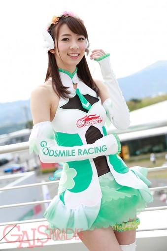レースクイーン | 鈴菜(レーシングミクサポーターズ/2017SGT)