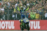 MotoGP | MotoGPオランダGP決勝:ロッシがペトルッチとの一騎打ちを制し今季初優勝