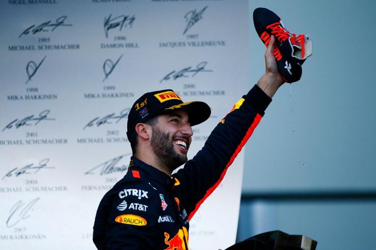 F1 | F1アゼルバイジャンGP:大荒れの決勝を制したリカルドが今季初優勝!アロンソは9位入賞